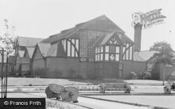 Port Sunlight, Gladstone Hall c.1955