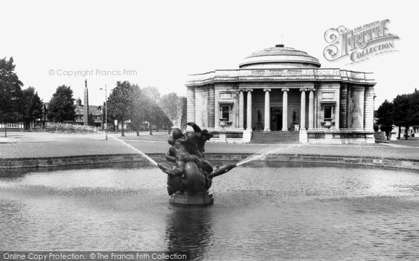 Port Sunlight, Lady Lever Art Gallery c1960