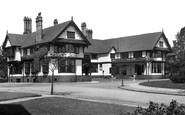 Port Sunlight, the Bridge Inn c1955