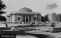 Port Sunlight, The Fountain And Art Gallery c.1955