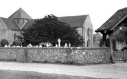 Portchester, St Mary's Church c1960