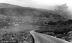 Overlooking Penrhiwgwynt c.1965, Porth