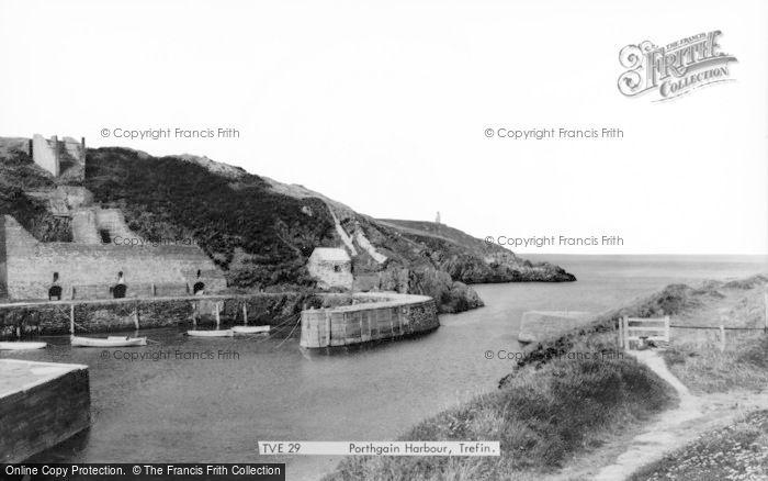Photo of Porthgain, Harbour c.1960