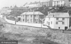 Porthleven, Breageside, The Ship Inn 1935