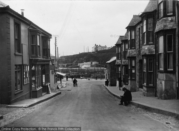 Photo of Porthleven, Fore Street c.1933