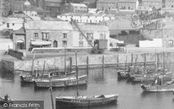 Porthleven, Harbour, Commercial Hotel 1935
