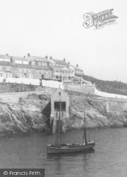 Porthleven, Lifeboat House 1908