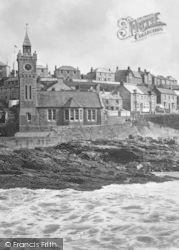 Porthleven, The Bickford-Smith Institute 1924