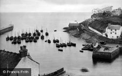 Porthleven, The Fishing Fleet 1928