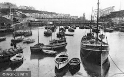 Porthleven, The Harbour 1924