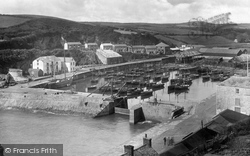 Porthleven, The Harbour And Tregonning Hill 1924