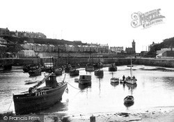 Porthleven, The Harbour c.1933