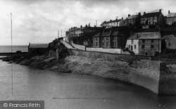 Porthleven, The West End c.1955