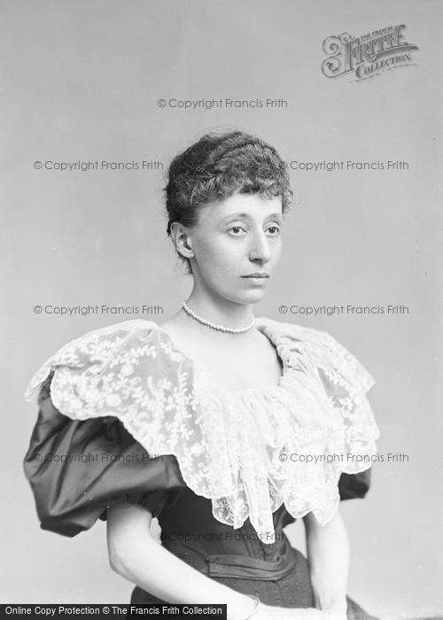 Photo of Portraiture, Miss A Fernandez 1896