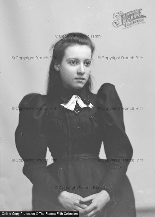 Photo of Portraiture, Miss Barnes, New Town Yeovil 1896
