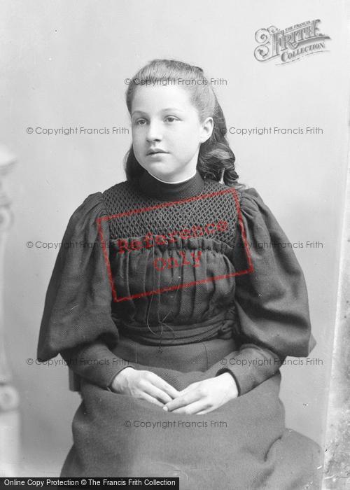 Photo of Portraiture, Miss Cox, Sydney Halstock 1895