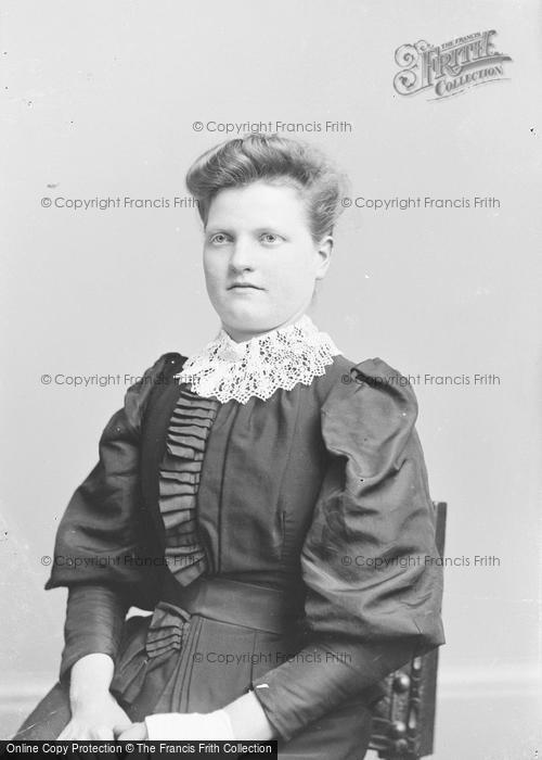Photo of Portraiture, Miss Davis 1893
