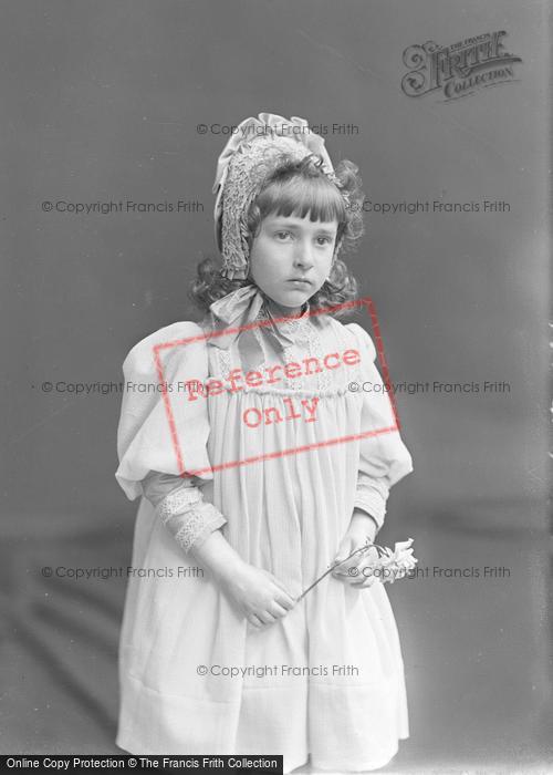 Photo of Portraiture, Miss E Fernandez 1896