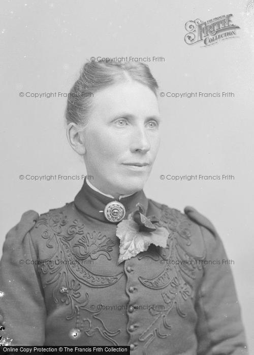 Photo of Portraiture, Miss Harris c.1895