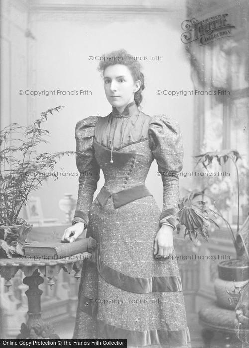 Photo of Portraiture, Miss Right 1893