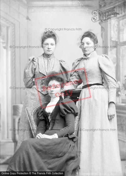 Photo of Portraiture, Miss Terrell And Perrett 1894
