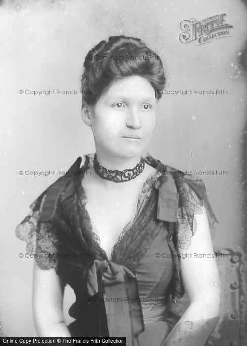 Photo of Portraiture, Mrs Cleverely 1891