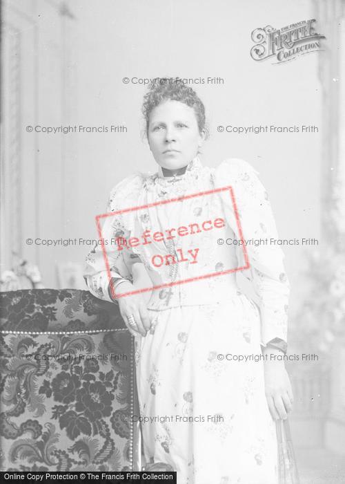 Photo of Portraiture, Mrs Haine 1895