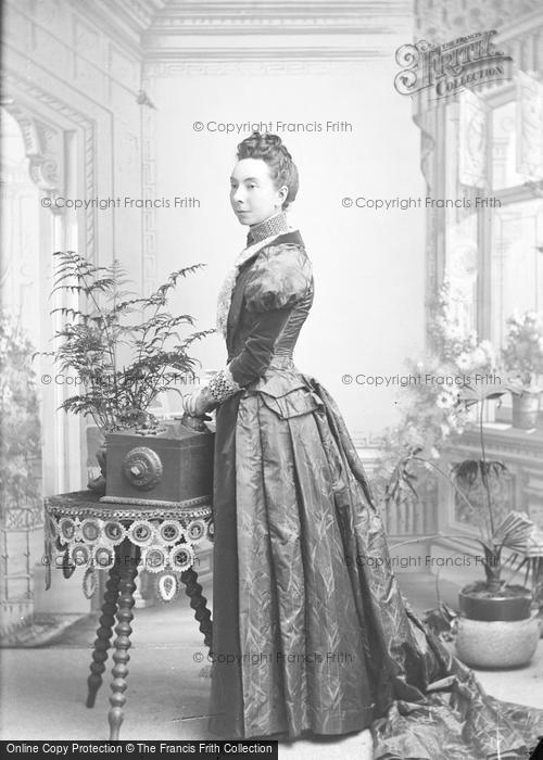 Photo of Portraiture, Mrs Marrow 1893