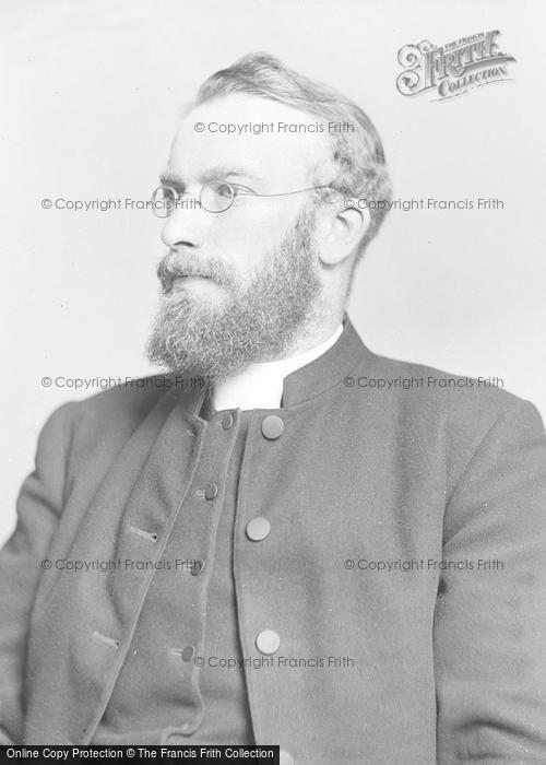 Photo of Portraiture, Revd Bates, Harbins Newton House c.1895
