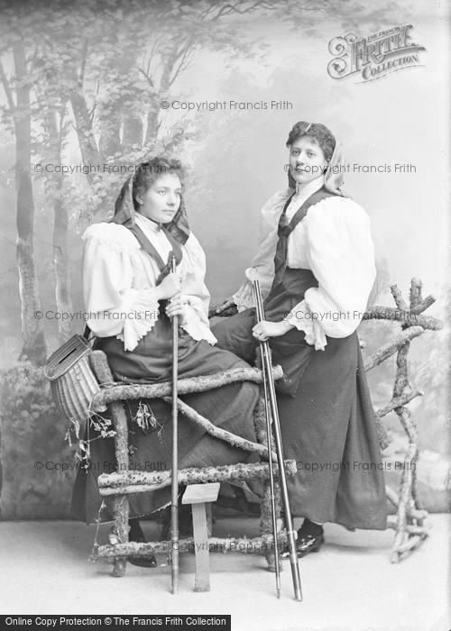 Photo of Portraiture, Two Miss Trillers 1896