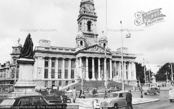 Photo of Portsmouth, the Guildhall 1964, ref. P100125