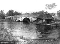 Potter Heigham, The Broads c.1926