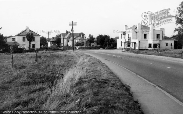 Photo of Potter Street, the White Horse c1955