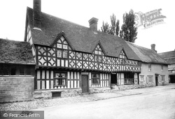 Old Houses 1898, Potterne