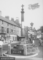Poulton-Le-Fylde, The Stocks And Square c.1955