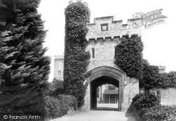 Castle Gateway 1906, Powderham