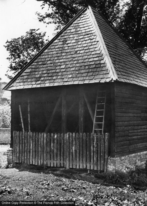 Photo of Poynings, Old Well, Saddlescombe c.1955