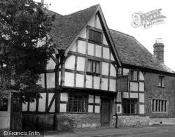 Prestbury, The Kings Arms c.1960