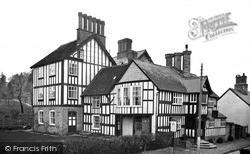 Presteigne, Radnorshire Arms c.1955