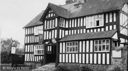 Presteigne, Radnorshire Arms Hotel c.1955