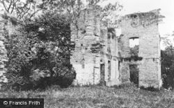 Ruins Of Stapleton Castle c.1930, Presteigne