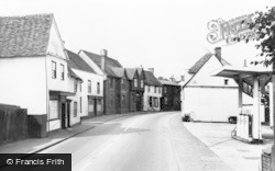 Puckeridge, High Street c.1960