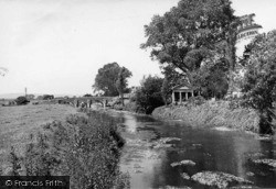 Pulborough, River Arun And Old Bridge 1949