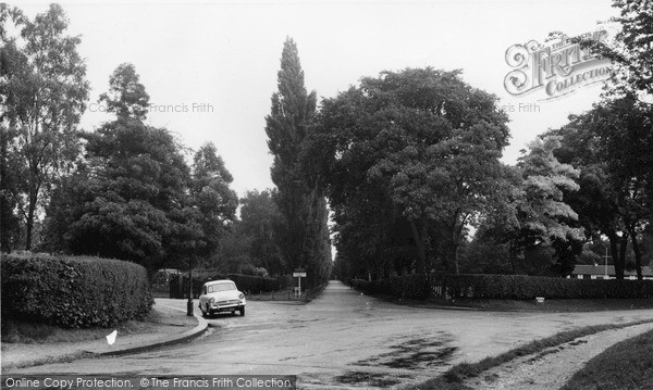 Purley Promenade De Verdun Francis Frith