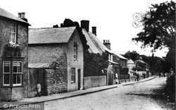 Purton, Street From Upper Square 1910