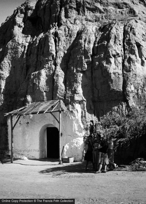 Photo of Purullena, Cave Dwelling 1960