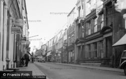 Pwllheli, High Street 1958