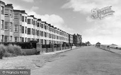 West End Promenade c.1950, Pwllheli
