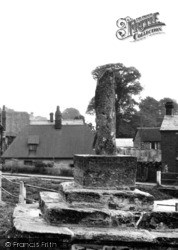 Quainton, The Old Cross c.1955