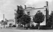 Raglan, the Beaufort Arms Hotel 1914